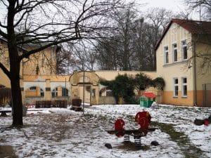 """""""Gartenansicht"""" mit Zwingermauer"""